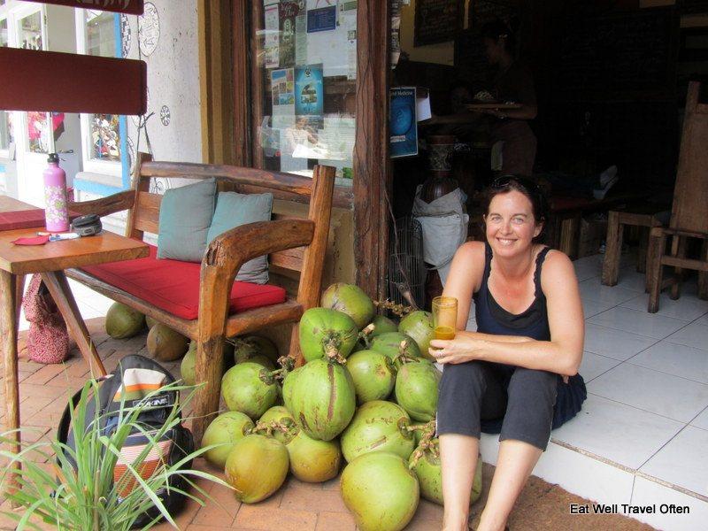 Hemp seed oil and coconuts – Joie de vivre in Ubud