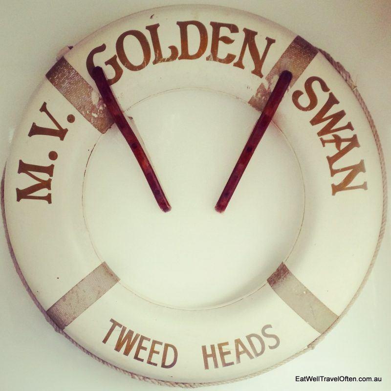 b golden swan